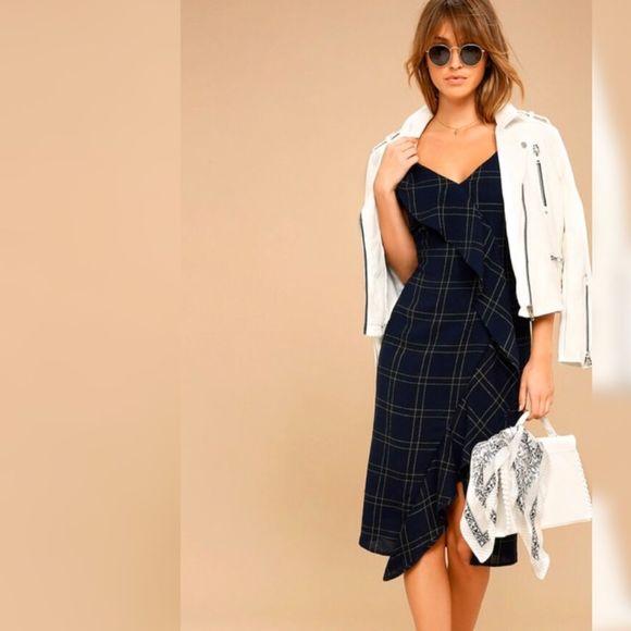 Lulu's Dresses & Skirts - Lulus Navy Plaid Midi Dress Sleeveless medium